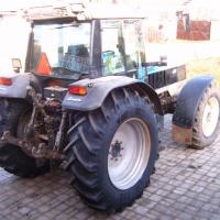Montáž nových zadních pneumatik.JPG