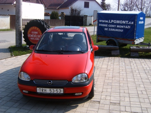 Opel Corsa B 1,0 sekvent - STAG 4